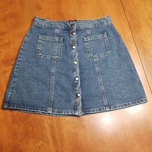 BDG Urban Outfitters snap denim skirt